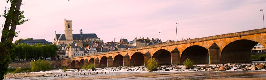 Nevers-pont-de-Loire